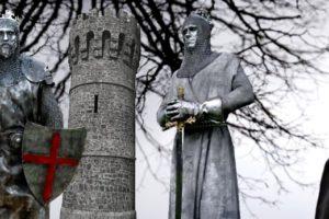 Statue medievali: qualche esempio