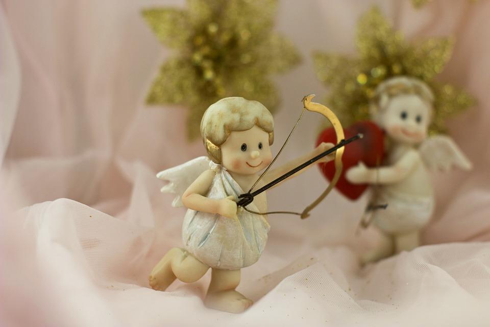 Coppia angeli musicanti