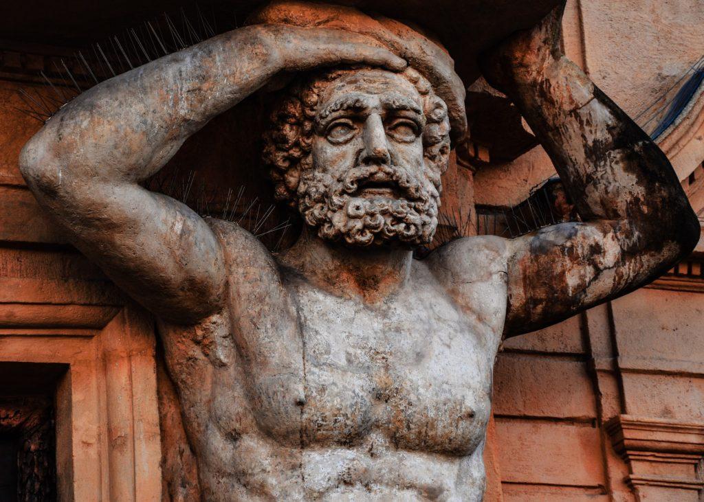 sculture antiche in legno