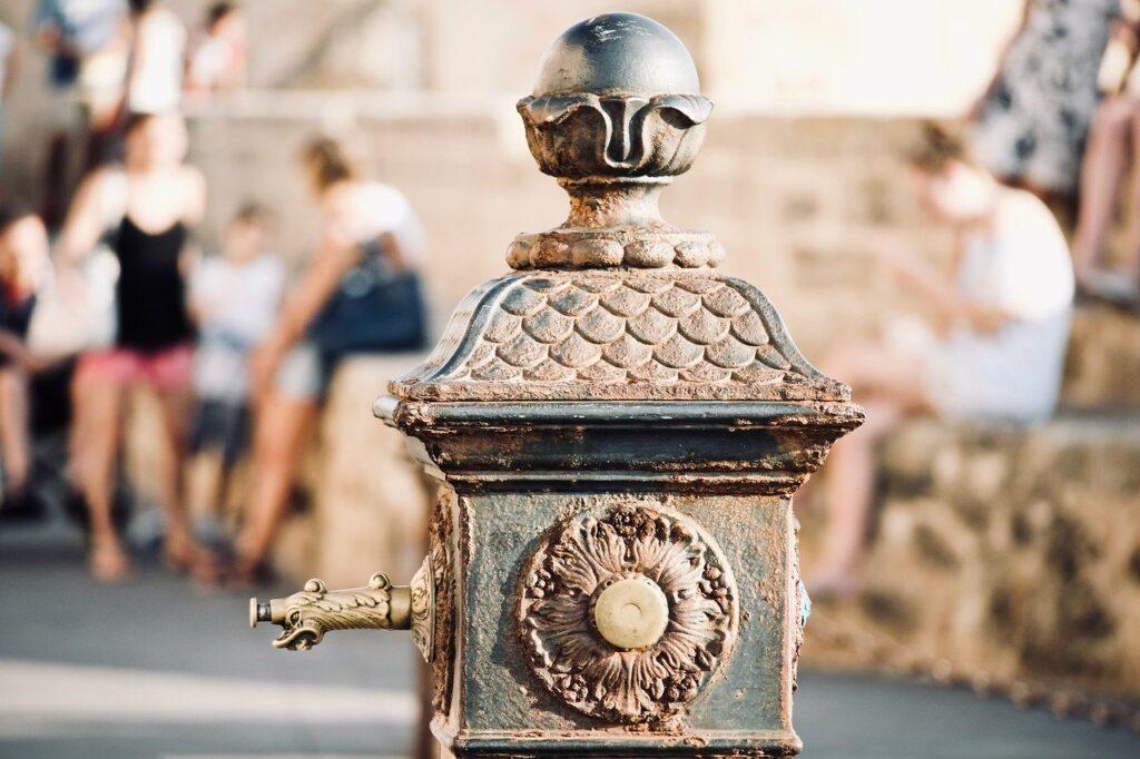 fontane antiche in pietra